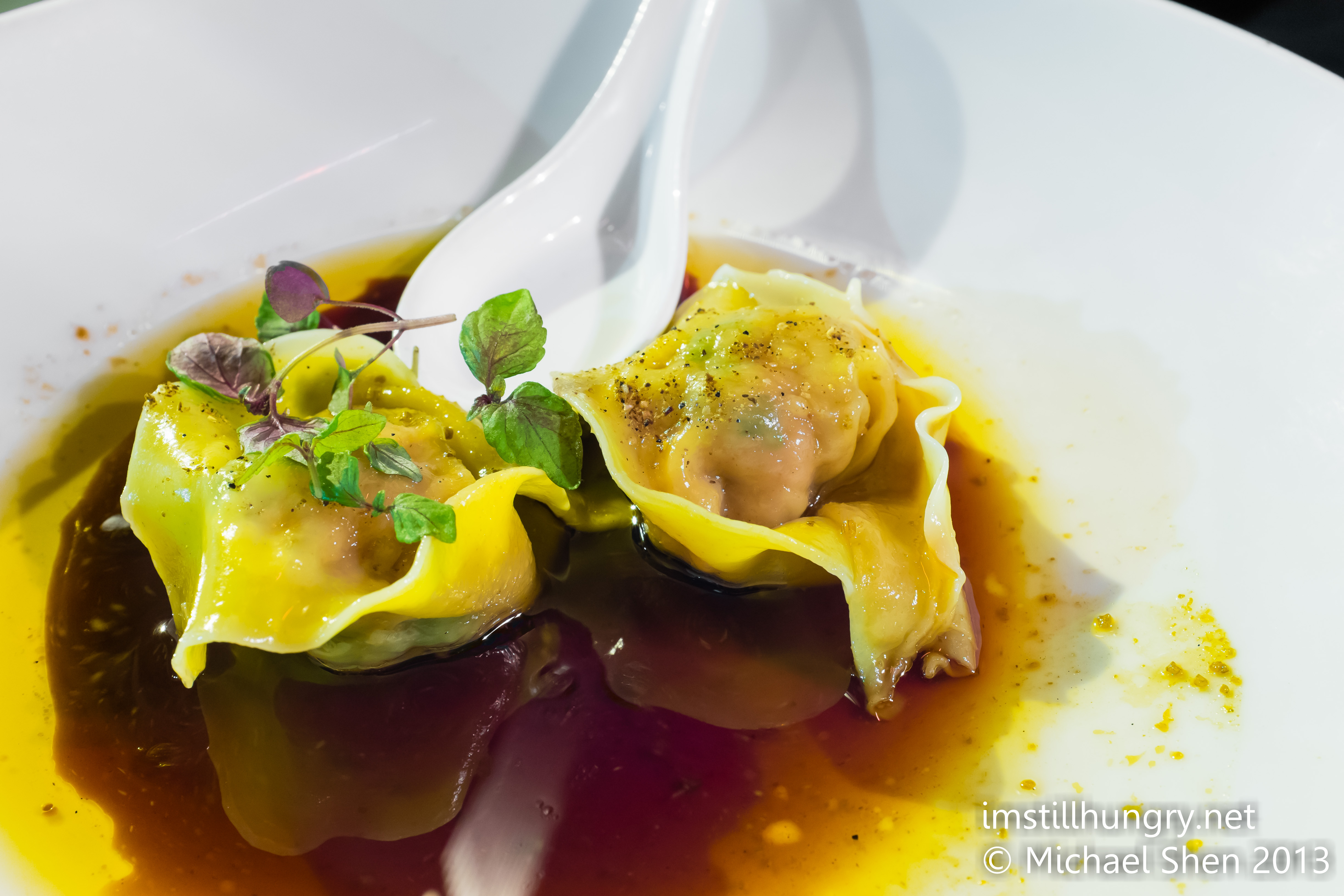 Steamed pork & prawn wontons w/chilli dressing Bar H Sydney