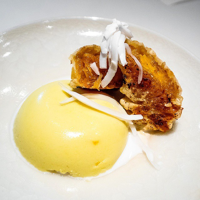 Nahm at Quay >> deep fried banana fritter & jackfruit custard. I expected two different desserts given