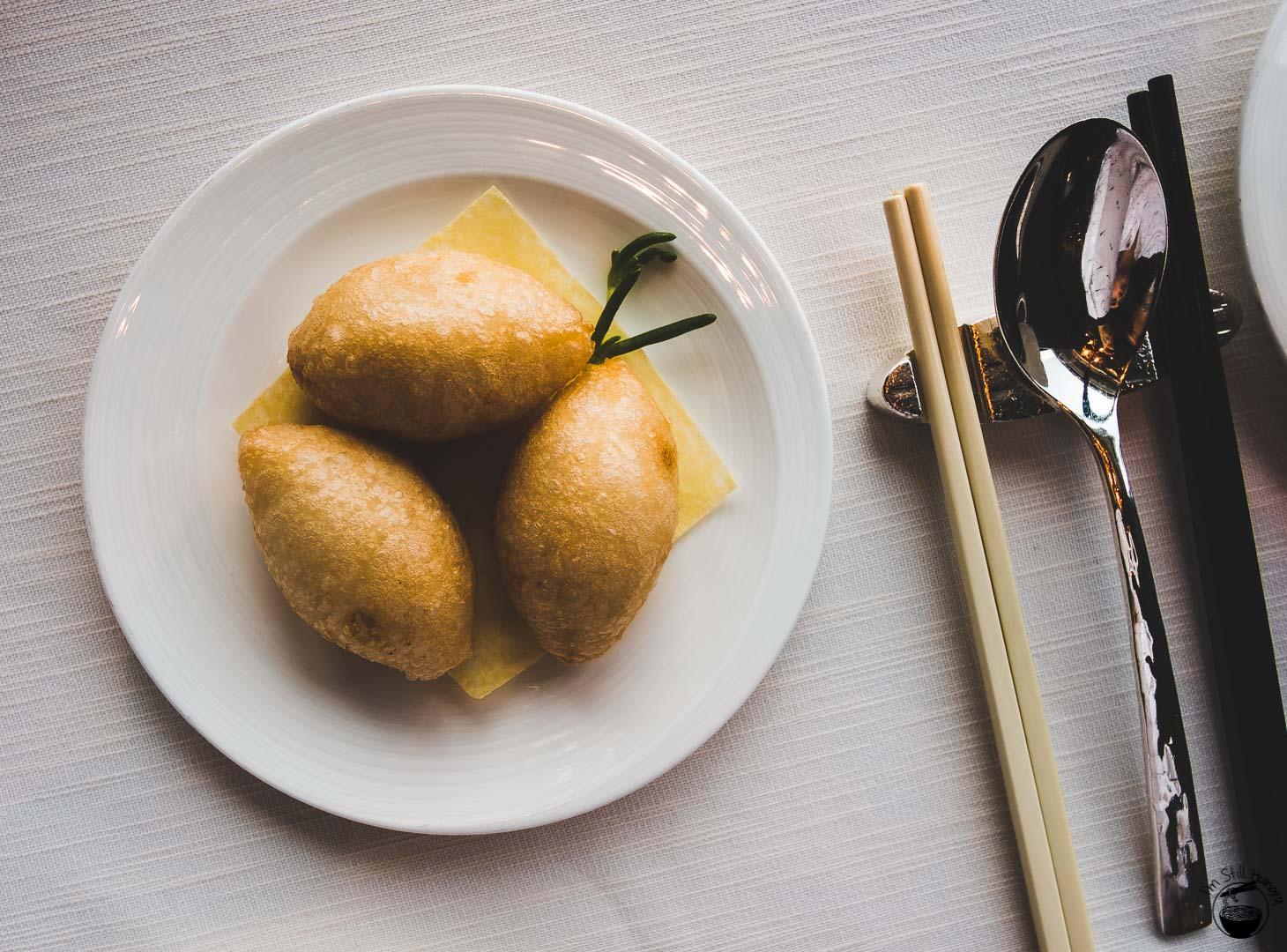 Tin Lung Heen Hong Kong Michelin Deep-fried glutinous rice dumpling with seafood