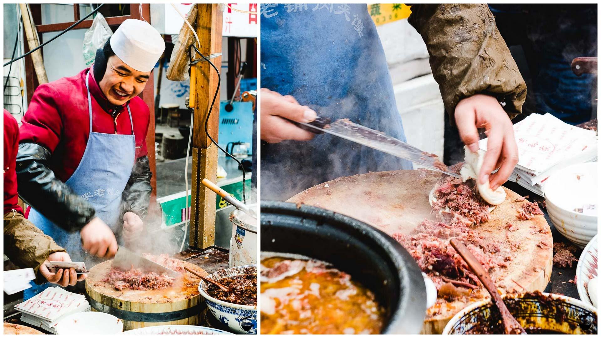 肉夹馍 (rou jia mo) Hui Min Jie Xi'an Muslim Street Food