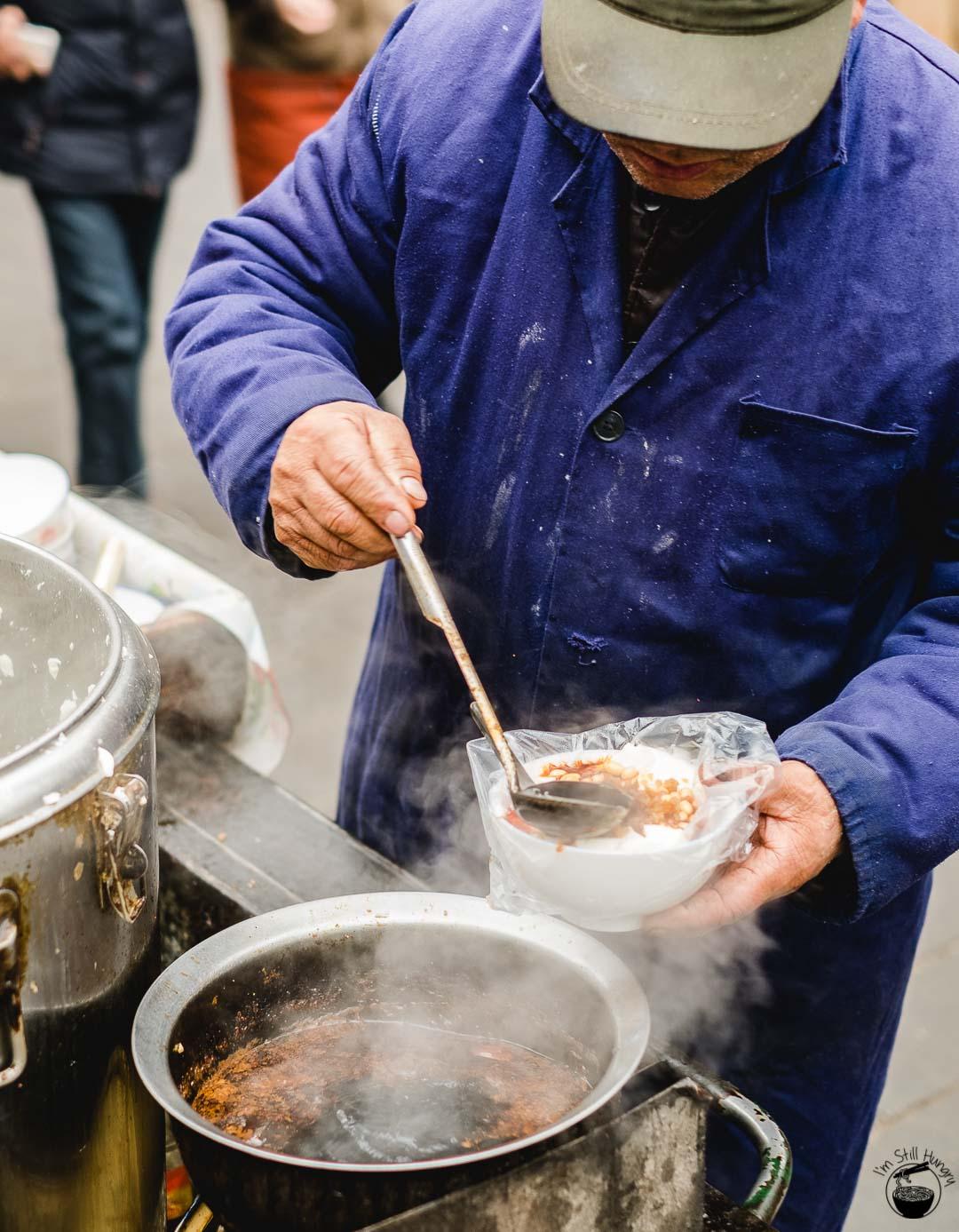 豆腐脑 (dou fu nao) Hui Min Jie Xi'an Muslim Street Food